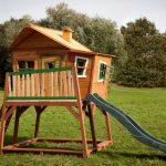 Découvrez les cabanes en bois pour enfant de la marque AXI